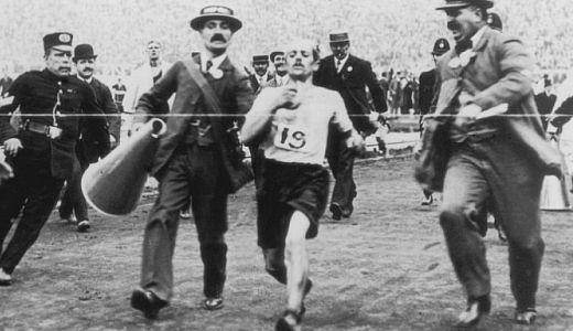 Tragičar Olimpijskih igara u Londonu 1908. godine Dorando Pjetri