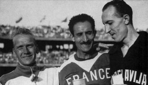 Osvajači medalja (sleva): Veiko Karvonen, Alan Mimun i Franjo Mihalić