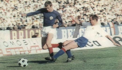 Duel Fazlagića (levo) i Šćepanijaka u meču Jugoslavija - Francuska 5:1