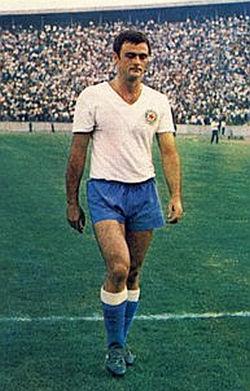 Napadač Petar-Pero Nadoveza bio je prvi strelac šampionata sa 21 golom i značajno doprineo opstanku Hajduka u Prvoj ligi