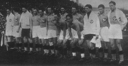 Reprezentacija Jugoslavije uoči susreta sa Španijom u Ovijedu
