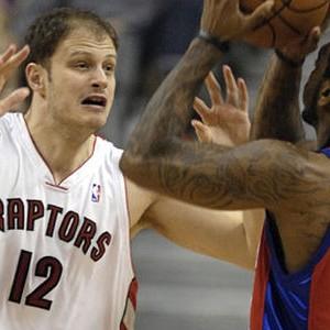 Rašo Nesterović u dresu Toronto Reptorsa (FOTO: EFE/ZUMA Press)