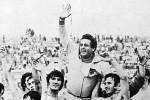 Trener Željezničara Milan Ribar na ramenima svojih igrača nakon osvajanja titule