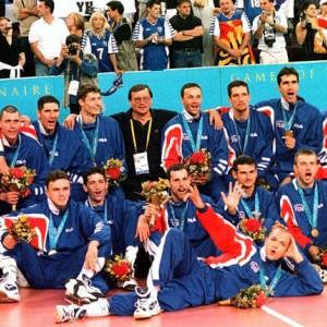 Odbojkaši SR Jugoslavije, olimpijski šampioni uz 2000. godine