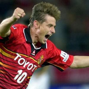 Piksi Stojković u dresu japanske Nagoje (FOTO: AP)