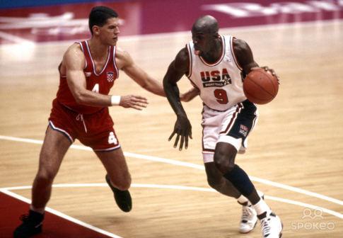 Dražen Petrović i Majkl Džordan na Olimpijskim igrama u Barseloni