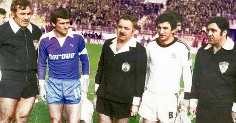Partizan - Osijek 2:0: Legende Osijeka i Partizana, Ljupko Petrović i Momčilo Vukotić sa glavnim sudijom meča Predragom Nikolićem iz Sarajeva