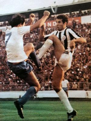 Partizan - Hajduk 0:0: Slaviša Žungul (levo, Hajduk) i Nenad Stojković (Partizan)