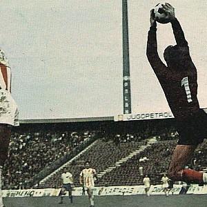 Sa utakmice Zvezda - Hajduk 3:1, odigrane u novembru 1973. godine