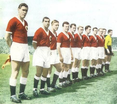 """Ekipa """"Ostatka Evrope"""" iz 1955. godine (sleva): Ocvirk, Travasos, Kopa, van Brant, Boškov, Vukas, Žonke, Vinsent, Sorensen, Gustafson i Bufon"""
