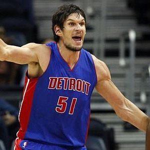 Bobi Marjanović u dresu Detroit Pistonsa