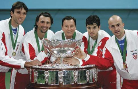 Hrvatska, pobednik Dejvis kupa 2005. godine: Ivo Karlović, Goran Ivanišević, selektor Nikola Pilić, Mario Ančić i Ivan Ljubičić
