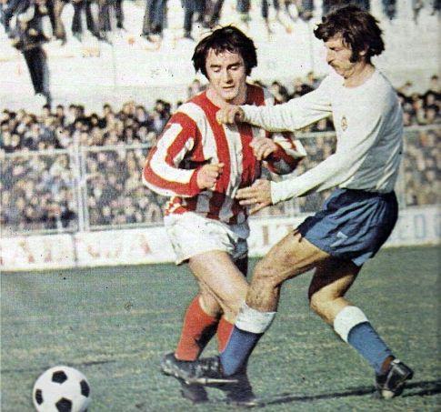 Hajduk - Zvezda 2:0: Kule Aćimović i Ivica Hlevnjak u borbi za loptu