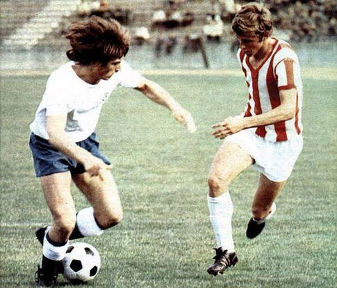 Crvena zvezda - Hajduk 4:0: Vilson Džoni (levo, Hajduk) i Vladimir-Pižon Petrović
