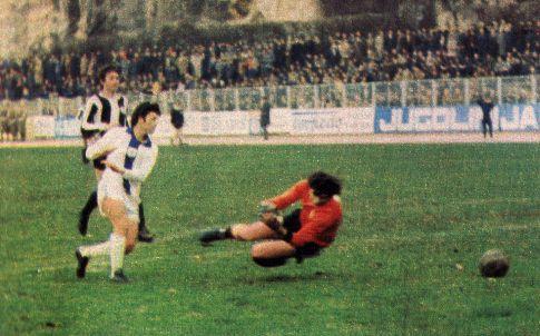 Fudbalerko Nogometović istražuje: Sezona 1976/77 – turniri, turneje …