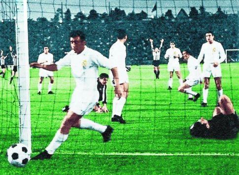 Lopta je u mreži, vodi Partizan! - finale Kupa šampiona Real - Partizan 2:1