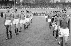 Na terenu su igrači Francuske (desno), a, evo, izlaze i naši ... (FOTO: Presse Sports)